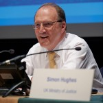 simon-hughes-visits-listening-to-children-matters-project-family-matters-mediation